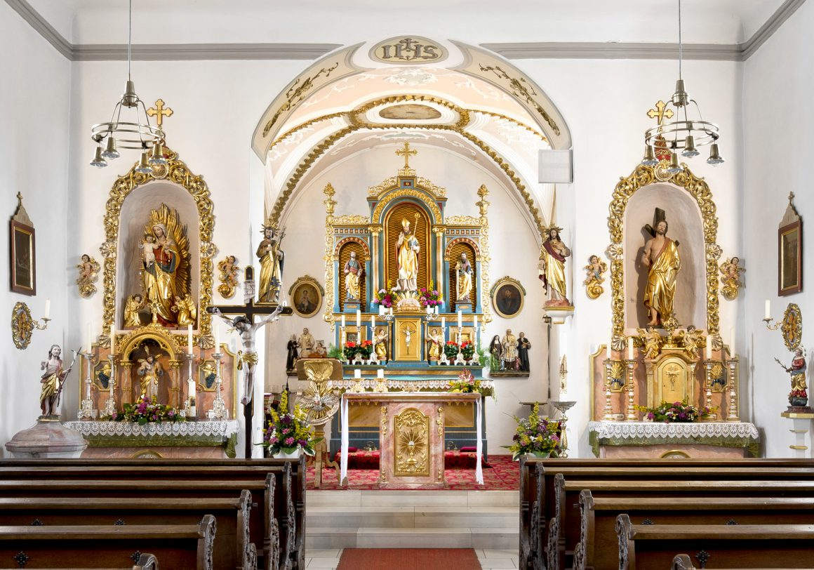 Church interior, St. Martin Catholic Church in Wagenhofen (Germany)