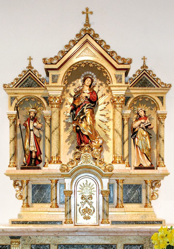 Church interior, St. Andreas Catholic Chapel in Cloppenburg (Germany)