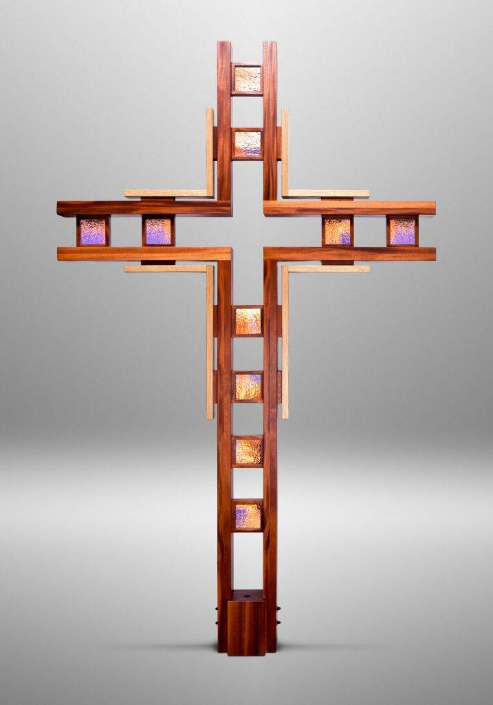 Gathering cross, First Lutheran Church in Lorain, Ohio (USA). Liturgical design: Robert Habiger D/P/S